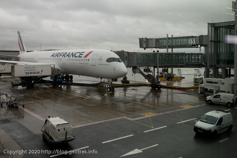 200127 ドゴール空港、成田行きに搭乗