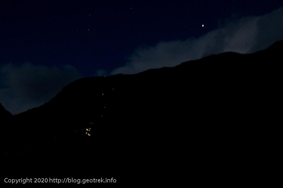 200119 トレス湖へのルートに人の明かり