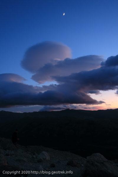200119 フィツロイ・トレッキング、トレス湖からつるし雲