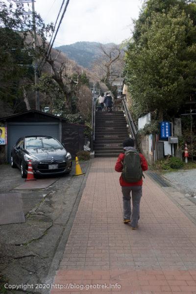 200307 大山表参道入口