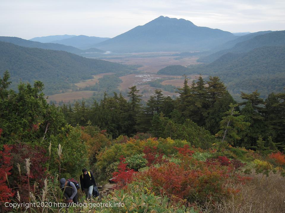 201004 至仏山森林限界線付近からの尾瀬ヶ原