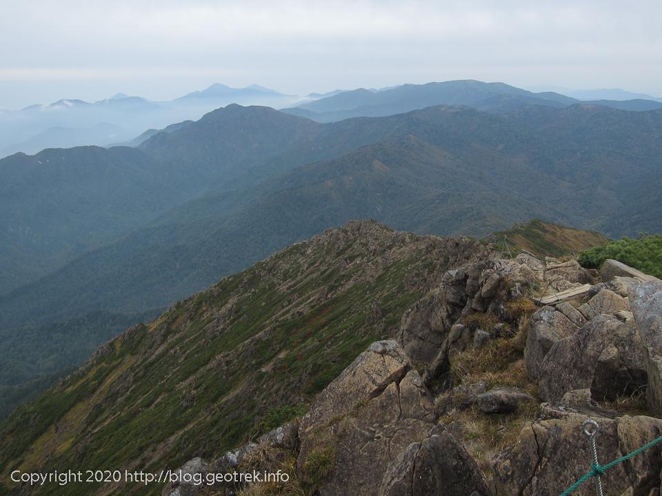 201004 至仏山山頂から北方の展望