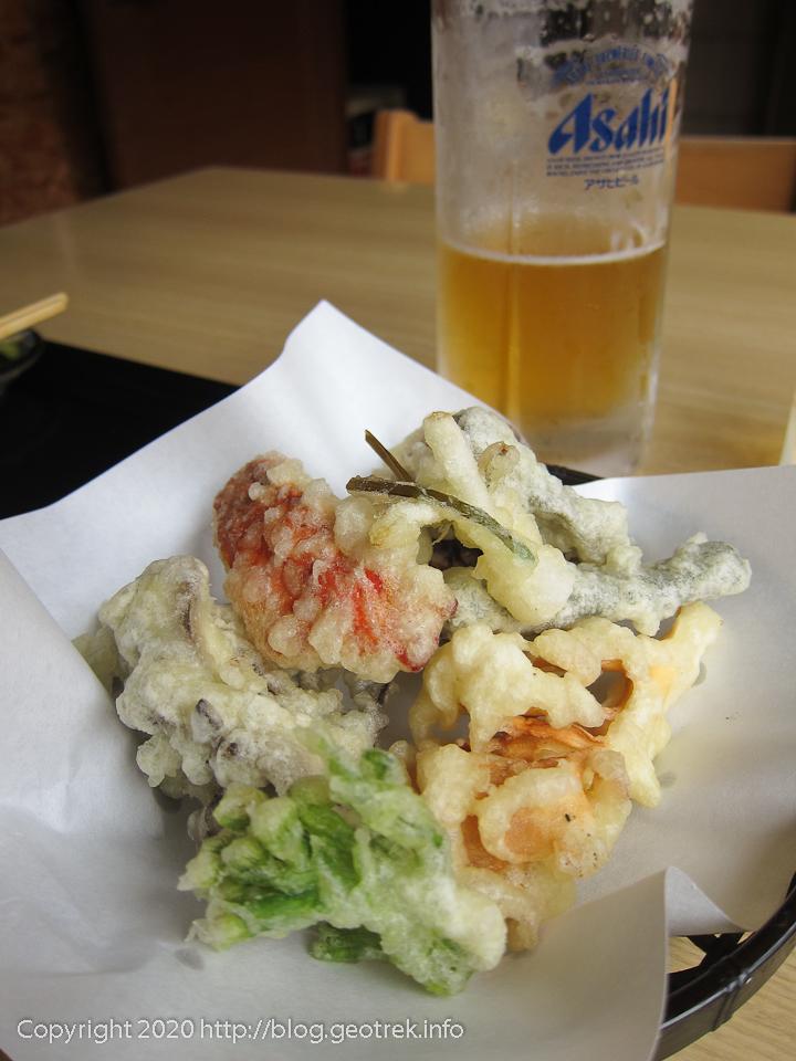 201004 健太の山菜天ぷらの盛り合わせ