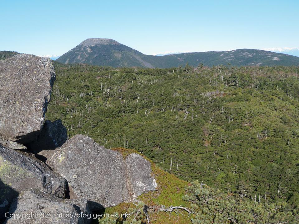 201031 三ッ岳から蓼科山