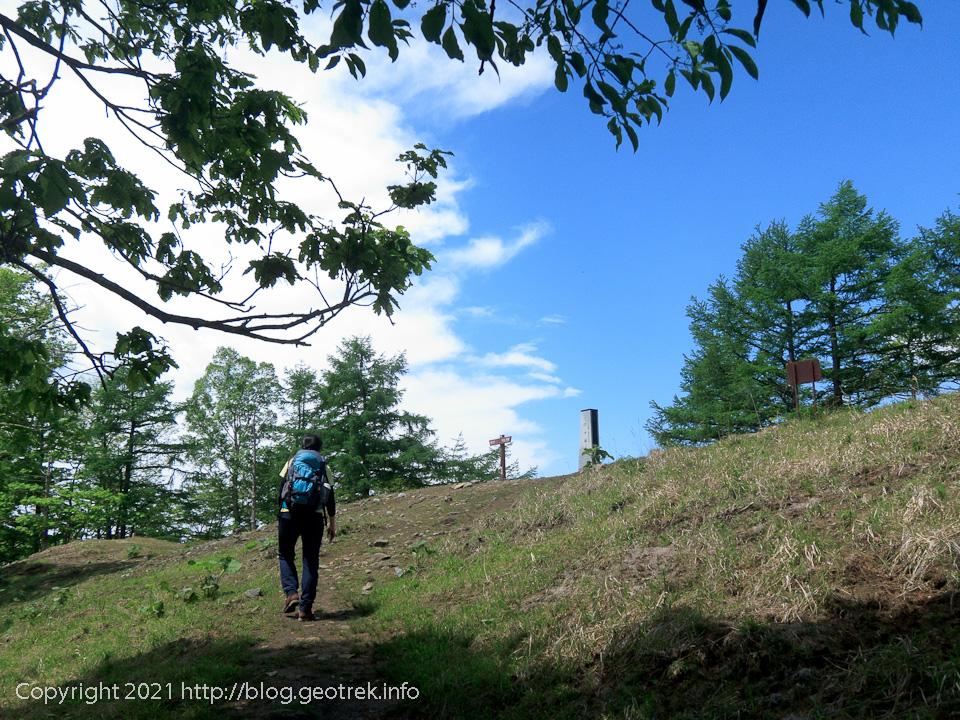 210529 六つ石山山頂
