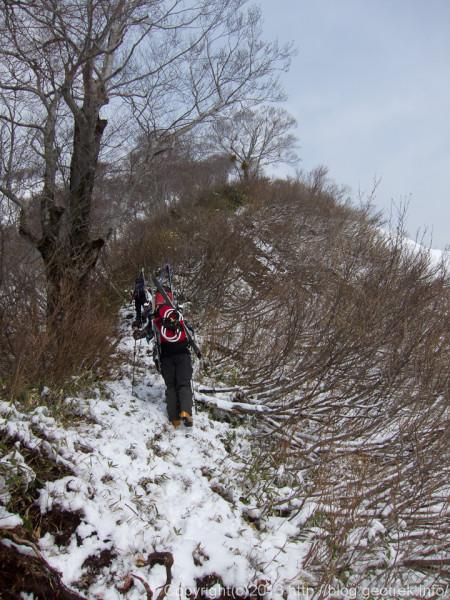 道雪山への登り