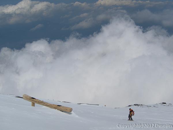 120526富士山・あきらめてドロップイン