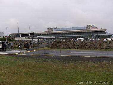 120804アイスランド、グリーンランド・ケプラヴィーク国際空港
