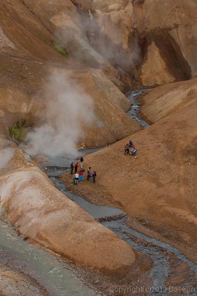 120805アイスランド、グリーンランドの旅・ケルリンガール、露天風呂