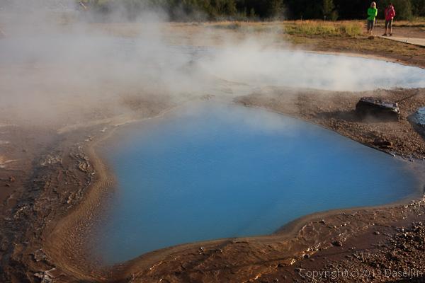 120805アイスランド、グリーンランドの旅・ゲイシールの青い温泉