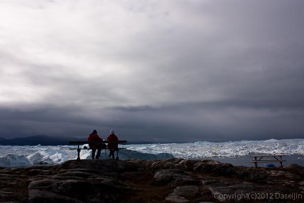 120811アイスランド、グリーンランドの旅・イルリサット世界遺産地区展望台にて