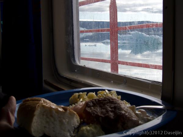 120812アイスランド、グリーンランドの旅・昼食