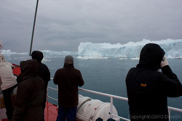 120813アイスランド、グリーンランドの旅・氷山ツアー