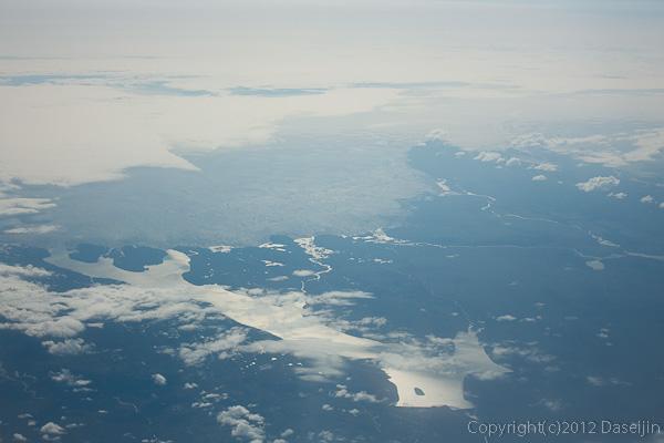 120815アイスランド、グリーンランドの旅・アイスランド上空