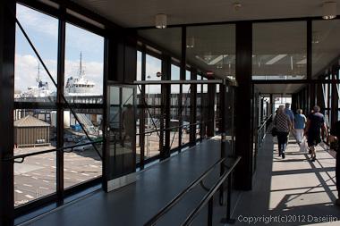 120816アイスランド、グリーンランドの旅・ヘルシンオアフェリー乗り場