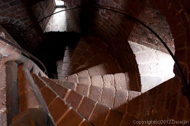 120816アイスランド、グリーンランドの旅・ヘルシンボリ、シェールナンの塔の螺旋階段