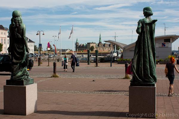 120816アイスランド、グリーンランドの旅・デンマーク、ヘルシンオア駅からクロンボー城
