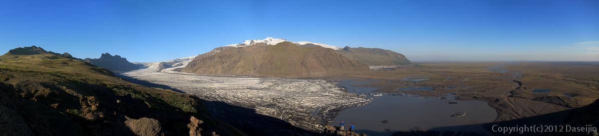 120807アイスランド、グリーンランドの旅・シヨゥナルトゥニィパのパノラマ