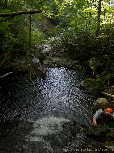 120915小赤沢・釜を持つ小滝