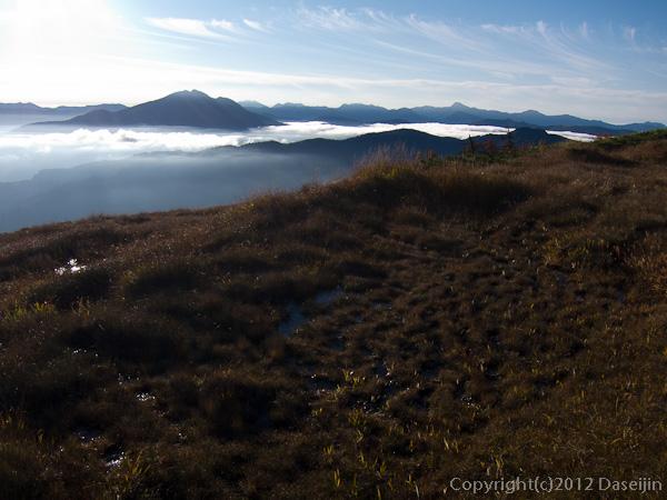 121008恋ノ岐・山頂直下の湿原