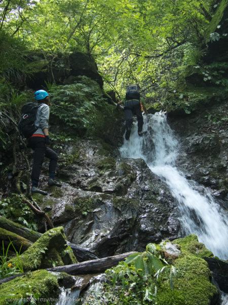 160919熊倉沢東俣の小滝
