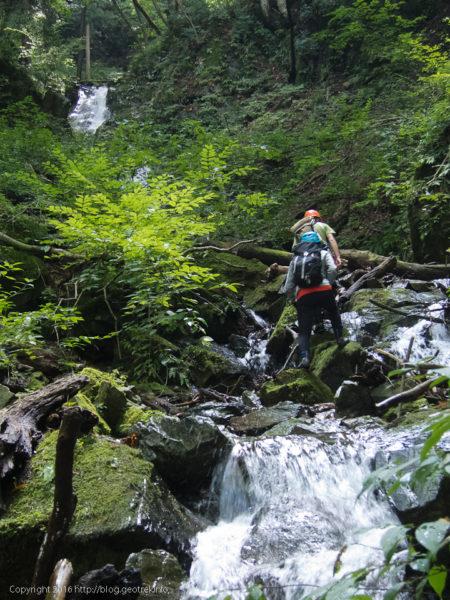 160910熊倉沢東俣15m滝