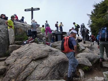 120623瑞牆山・瑞牆山山頂