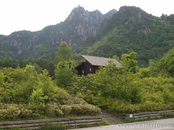 120623瑞牆山・みずがき山自然公園から瑞牆山