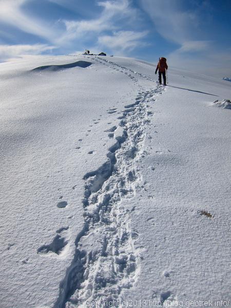 金峰山山頂、雪のドーム