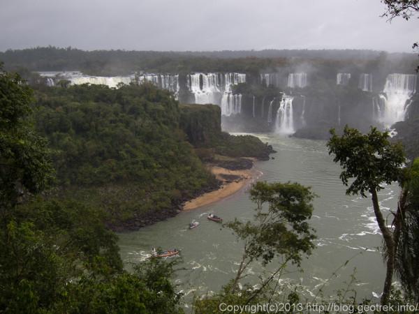 130826ブラジル側イグアスの滝全景