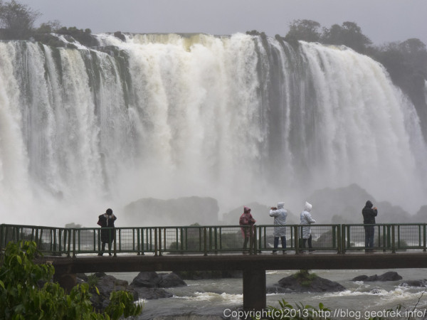 130826ブラジル・イグアスの滝2