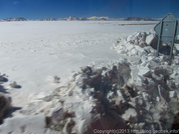 130901アンデス越え、チリ側は雪が多い