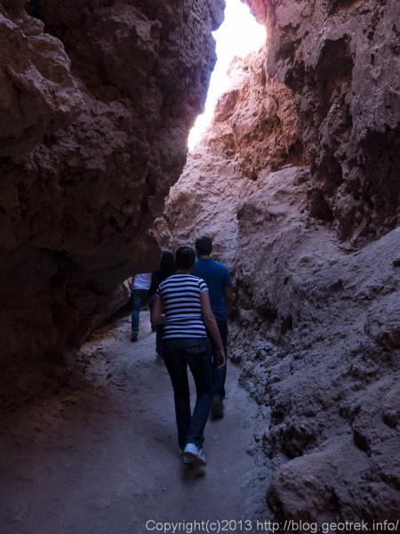 130902月の谷の洞窟入り口