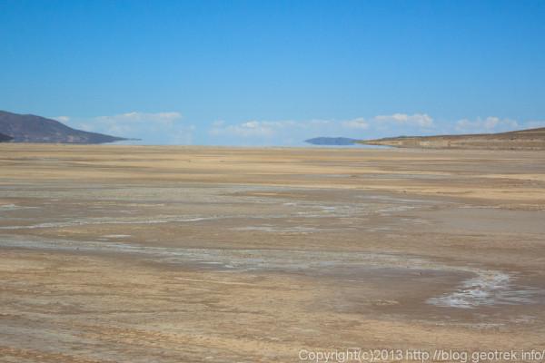 130904アタカマ砂漠、チグアナ塩湖の蜃気楼1