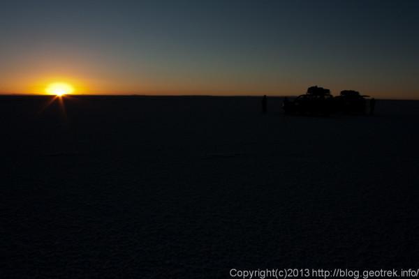 130905ボリビア、ウユニ塩湖の夜明け