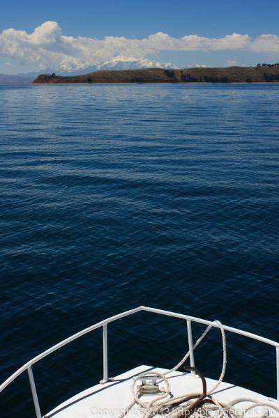 130907ボリビア、ティティカカ湖の月の島