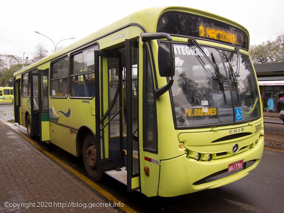 130826 フォスドイグアスのイグアス行バス