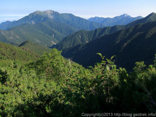 20130812仙塩尾根から仙丈岳