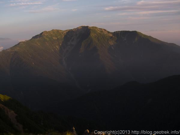 20130813夜明けの仙丈岳