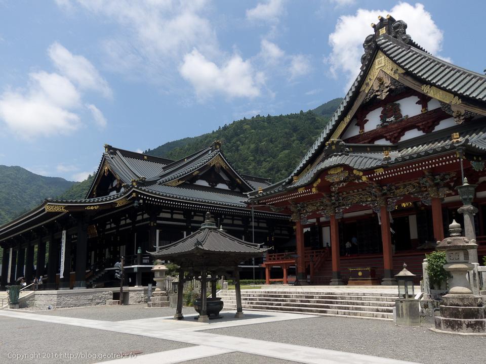 160724身延山久遠寺本堂