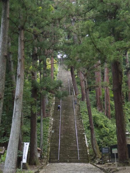160724身延山久遠寺菩提梯
