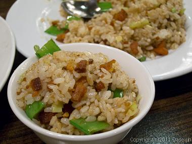 120309台北・青葉のカラスミ炒飯