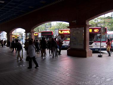 120312台北・淡水駅バスターミナル