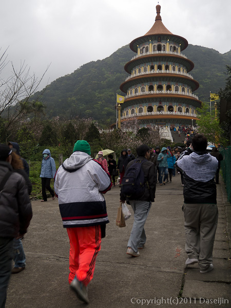 120312台北・淡水天元宮の無極真元天壇