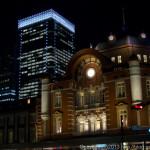 東京駅の夜景を撮る