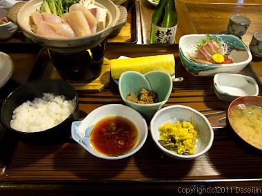 120212大沢温泉お食事どころ「やはぎ」のふぐ鍋