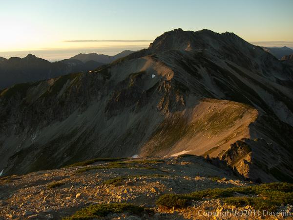 110925朝日に染まる立山