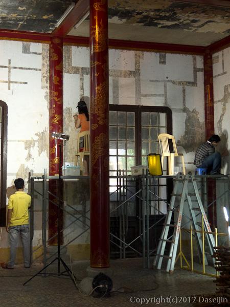 121114ベトナム・フエ王宮修復中