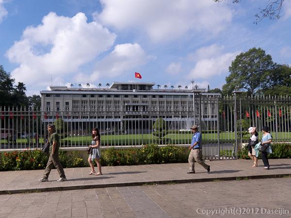121117ベトナム・統一会堂